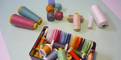 hilos de costura