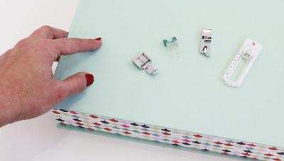 como cambiar el pie de prensatelas de tu maquina de coser