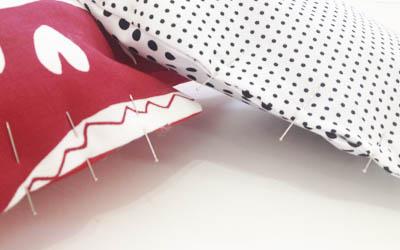 preparamos-con-alfileres-la-aberturapara-coserla